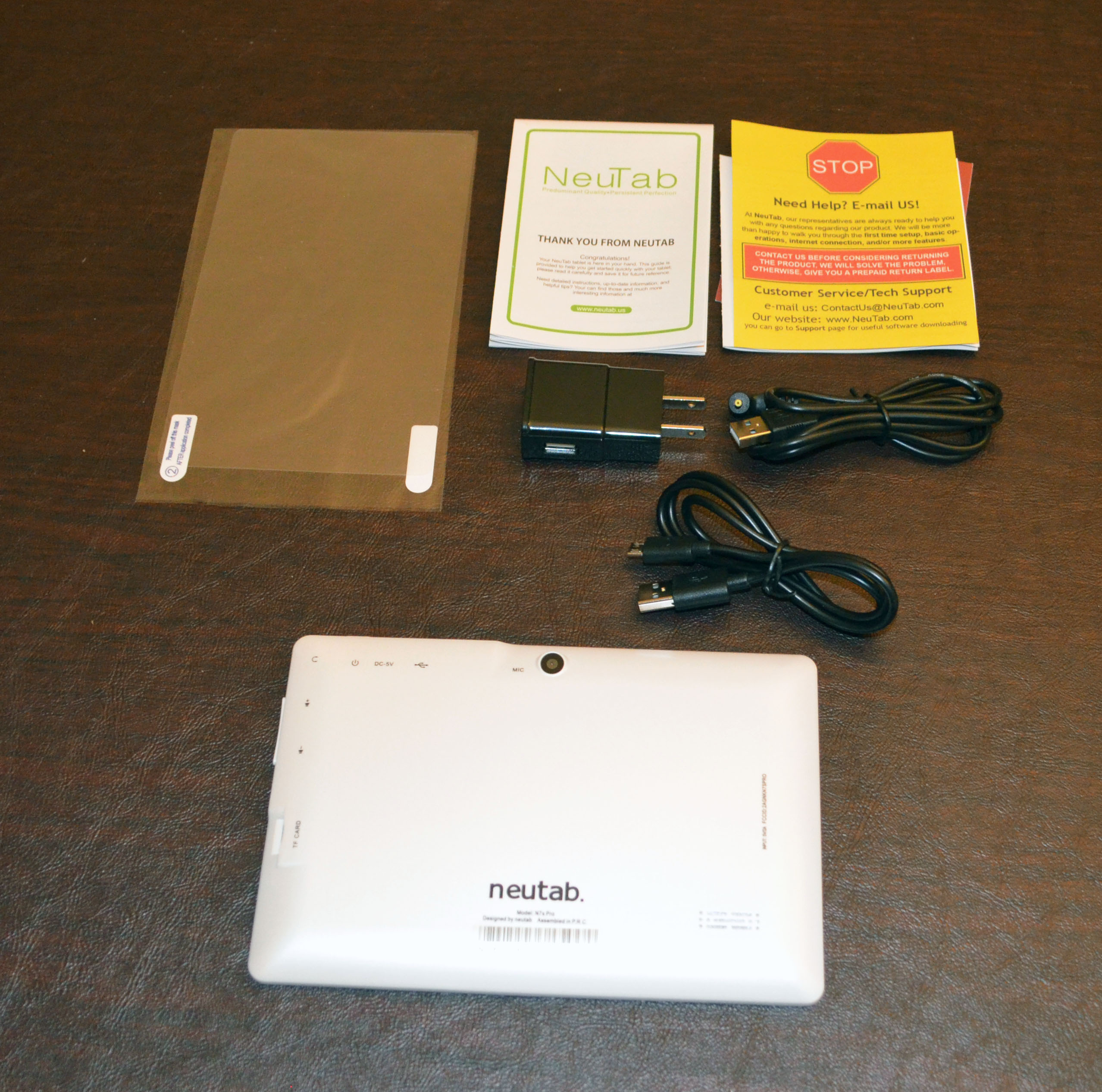 The contents and rear of the tablet.