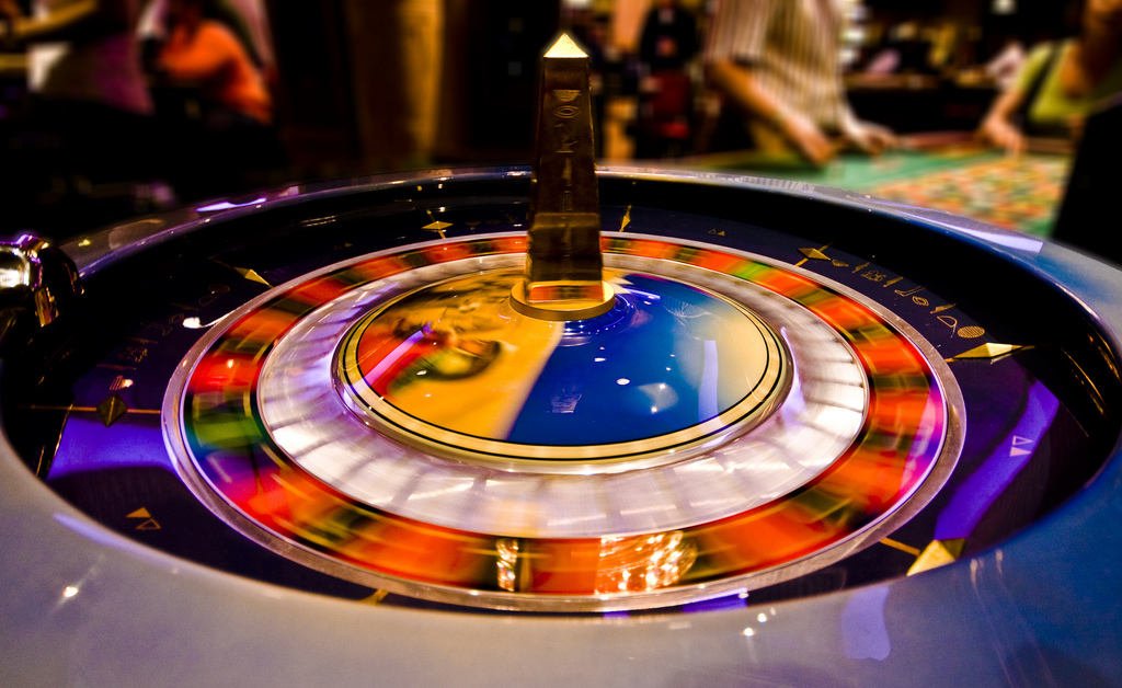Popular Casino Table Games: What is Multi Wheel Roulette?