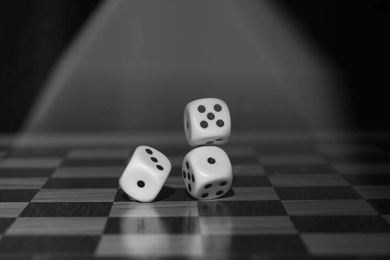 Don't roll the dice with an online casino until you know all the possibilities.