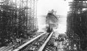 USS San Diego (CL-53) slides down the shipways during her launching at the Bethlehem Steel Company shipyard, Quincy, Massachusetts, 26 July 1941. (Naval Historical Center)