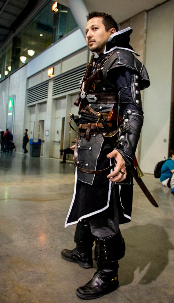 Assassin's Creed Cosplay Black - Armed Gamer