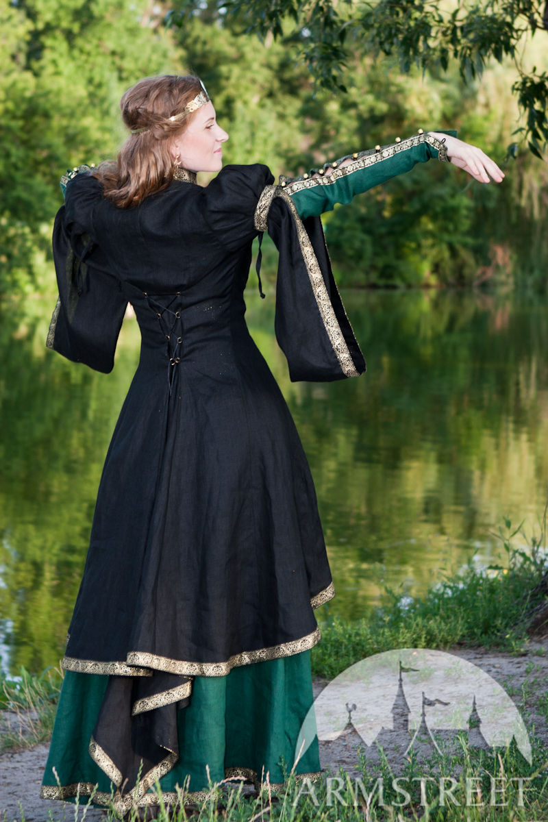 Medieval Black Flax Overcoat FOREST PRINCESS For Sale