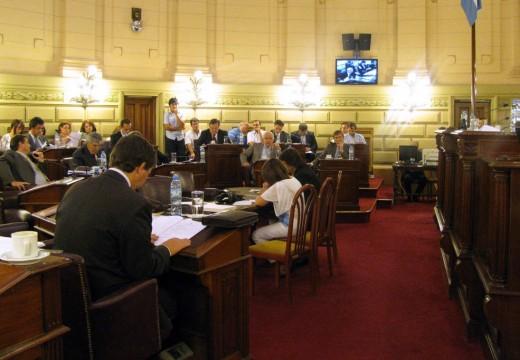 11 precandidatos a senador para el departamento Belgrano.