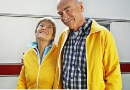 Desafiemos al envejecimiento. Por Elizabeth Santángelo.