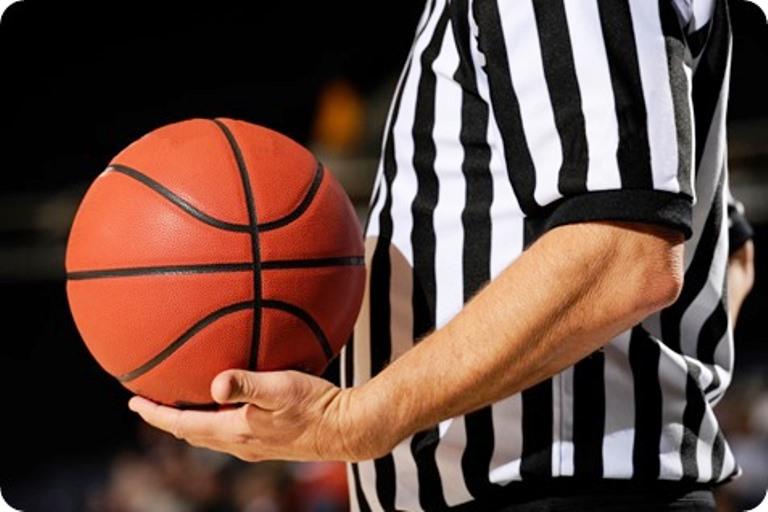 basket-referee_thumb2JUECES
