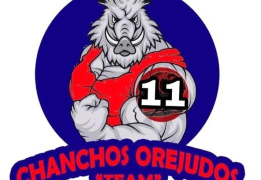 Los Chanchos Orejudos Team y un Homenaje Emocionante.