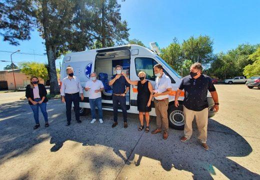 El Hospital San José ya cuenta con la nueva ambulancia 0KM totalmente equipada.
