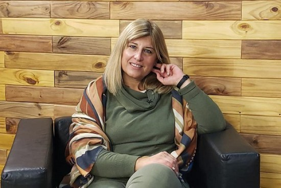Carina Latini, primera presidenta mujer del Club Atlético Defensores. Por Julia   D'Ascanio.