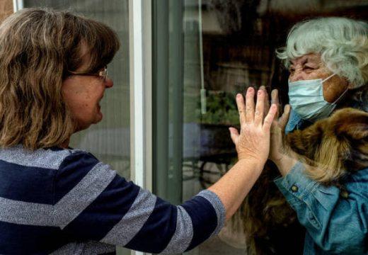Paralizados ante la pandemia? Por Elizabeth Santángelo.