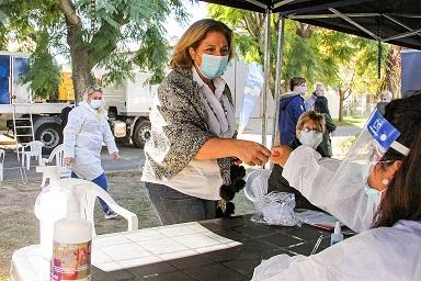 Martorano recorrió el hospital, el vacunatorio y el operativo Detectar en Cañada de Gómez.