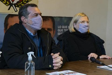 El intendente Verdecchia y Nélida Santilli mostraron su apoyo al precandidato a senador Maximiliano Pullaro.