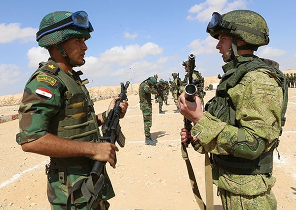 Egyptian paratroopers to train with Russians in counter ...
