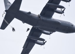 Paratroopers jump into Mimon, Czech Republic as part of Saber Juntion 17!