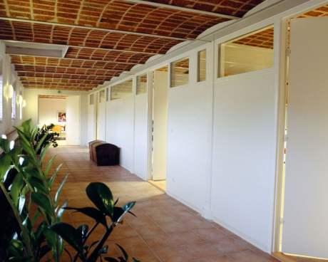 Tømrer- & Snedkerfirmaet Arne Danielsen A/S - Ombygning af tidligere stald til kontor