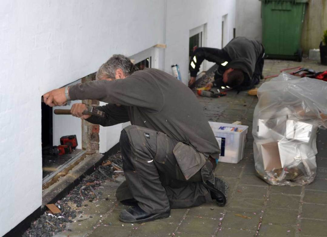 Tømrer og Snedkerfirmaet Arne Danielsen A/S - udskiftning af kældervinduer