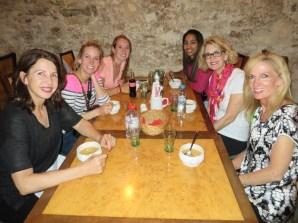 Laurie Higgins, Arielle & Eden Williams, Keila Rodriguez, Lori Williams, Shelly Migliazzo