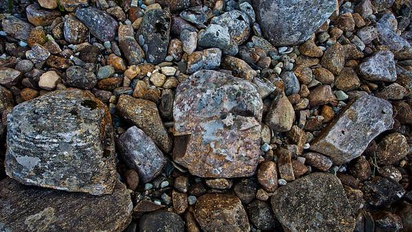Bunte Felsen in Bjugn, Sør-Trøndelag, Norwegen