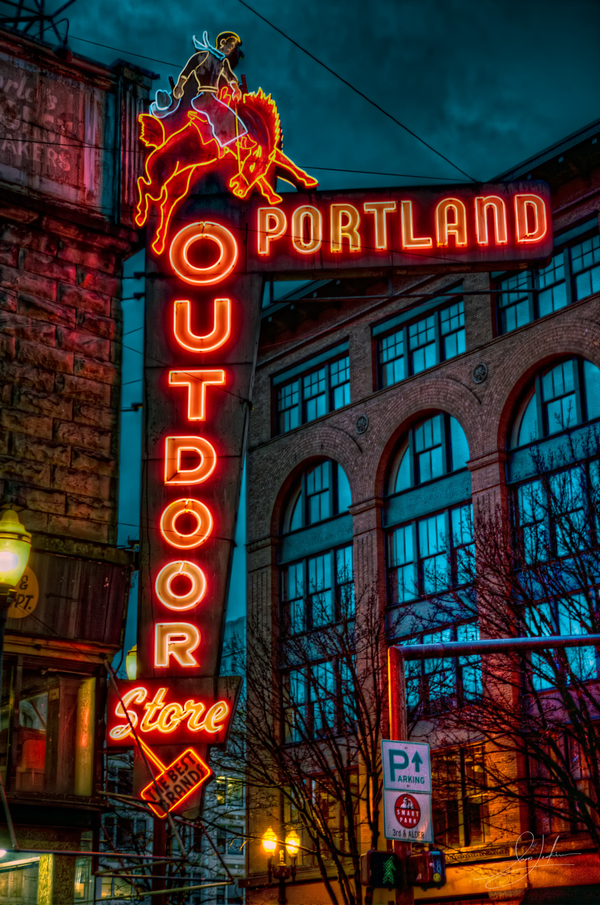 2010-12-26 - Downtown Portland-IMG_0389_90_91
