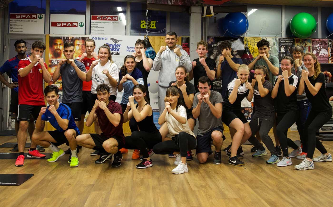 Fitness für Jugendliche ab 13J. bei Arnold Boxfit Pratteln