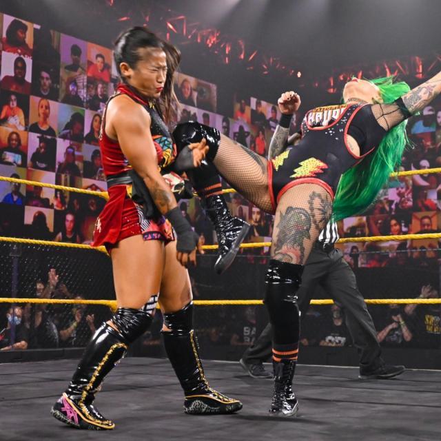 Shotzi Blackheart knees Xia Li