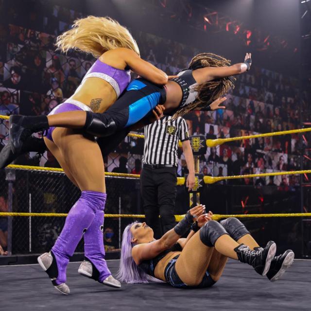 Zoey Stark drops Zayda Ramier onto Candice LeRae