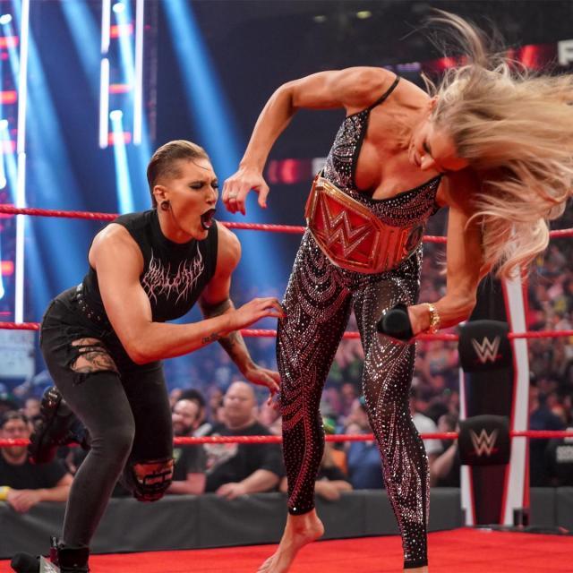 Charlotte Flair attempts to reinjure Rhea Ripley's leg