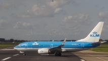 KLM Boeing 737-700 - PH-BGL