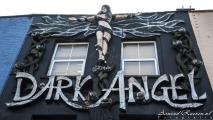 Gevelversiering in Camden Town