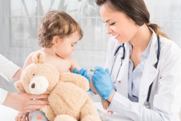 Các lần tiêm phòng vắc xin cho trẻ