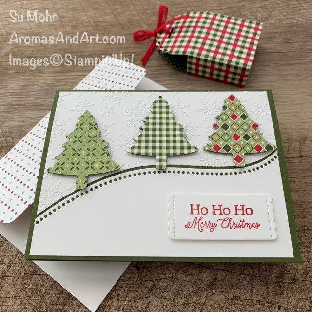 By Su Mohr for Stamping Sunday Blog Hop; Click READ or VISIT to go to my blog for details! Featuring: Heart Warming Hugs Designer Paper, Pine Tree Punch, Little Treat Box Does, Little Treats Stamp Set, Winter Snow embossing, Curvy Dies, Red Braided Linen Trim; #treatboxes #3Dprojects #christmascards #hoidaycards #holiday2020 #christmastrees #pinetrees #treesoncards #handmadecards #handcrafted #diy #curvydies #heartwarminghugs #littletreatbox #cardmaking #papercrafting