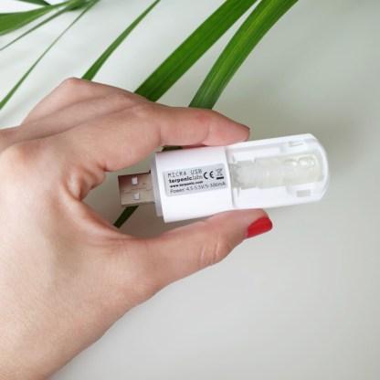 Malý přenosný difuzér esenciálních olejů do usb