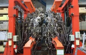 scientifiques équipement de construction complexe la physique quantique Accélérateur de particules
