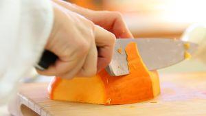 Coupez votre potimarron en deux