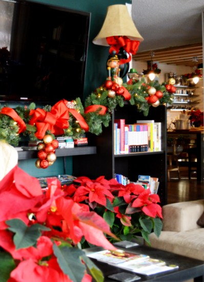 lving-room-christmas-2016-4
