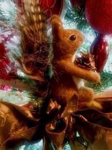 squirrel-ornament