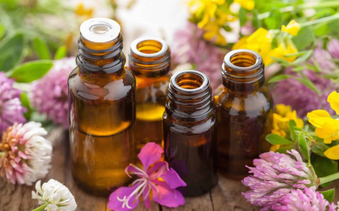 The Best Essential Oils to Cope with the Pandemic