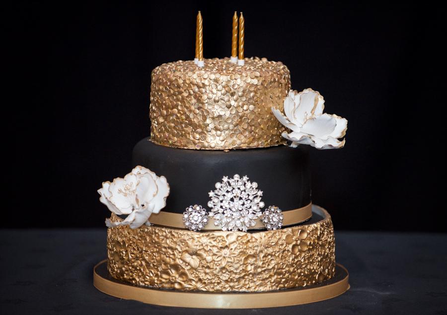 My Big Bash at 40 - My black and gold birthday cake