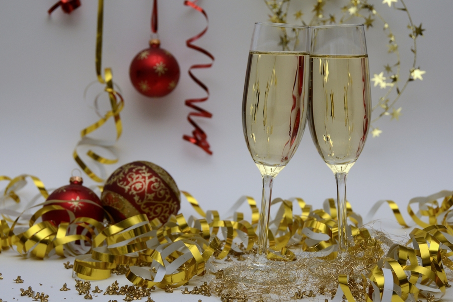 Christmas Poem - Champagne Glasses