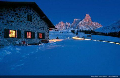 Dolomity family Valle del Primiero e San Martino di Castrozza