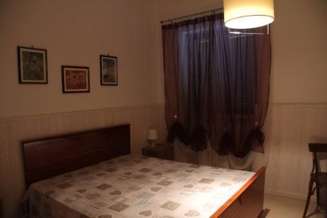 Camera da letto matrimoniale, dell Trullallegro, Noci, Puglia