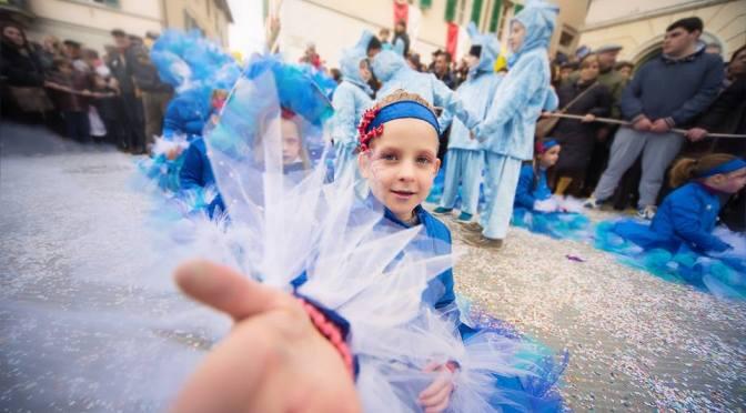 Niente caos e pazza folla. Il Carnevale dei bambini è tra Umbria e Toscana