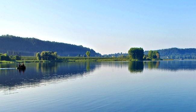 Lago di Vico con i bambini: itinerario a tappe meraviglia per meraviglia