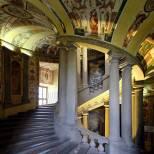 43 idee per un weekend con i bambini lazio palazzo_farnese_scala_regia