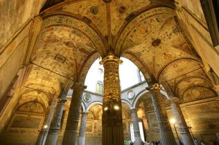 visitare firenze con i bambini Palazzo Vecchio portico