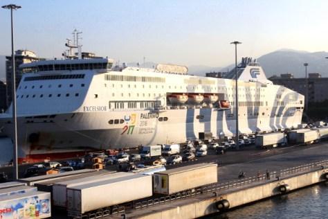 in nave a Palermo coi bambini