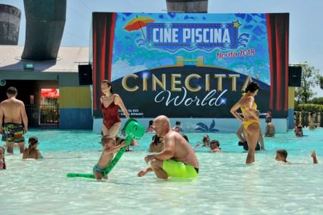 cinecittà world cine piscina