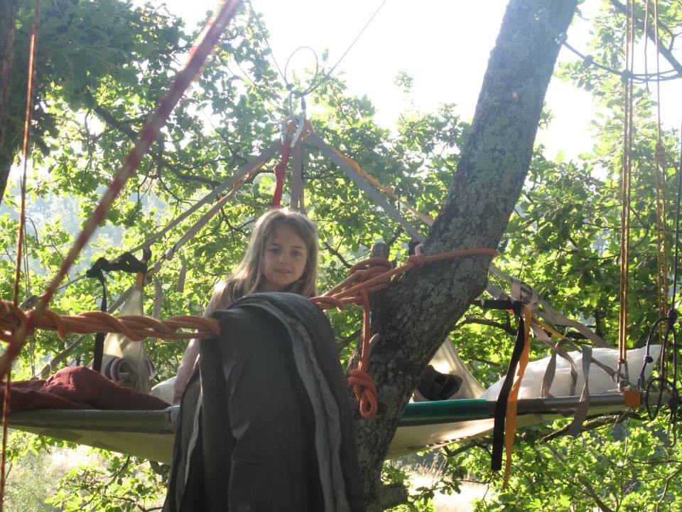 Dormire sugli alberi tree-sleeping-branda