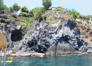 Catania-gita in barca-riviera dei ciclopi-costa lavica2