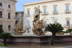 Ortigia-fontana di Artemide