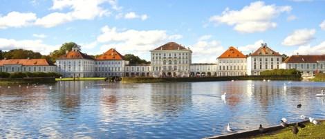 viaggi di gruppo per famiglie monaco di baviera castello di Nymphenburg